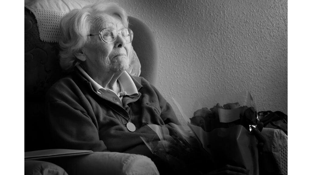 年老いた未亡人のイメージ