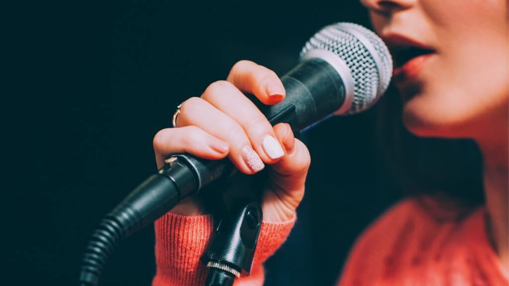 歌手の写真