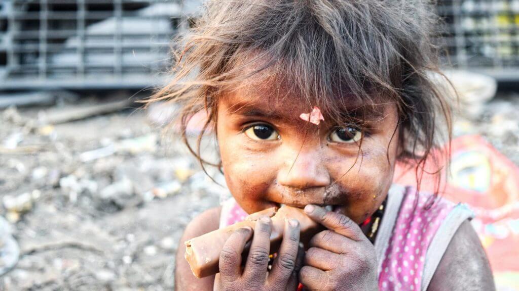 飢えに苦しむ子供のイメージ